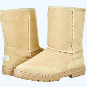 ❤️UGG Classic Short Revival, Sand (New)